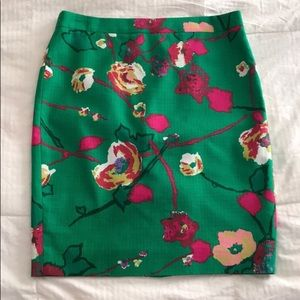 Gorgeous JCrew Pencil skirt size 6
